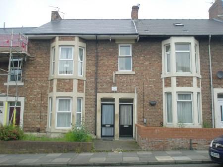 Warwick Street, Heaton